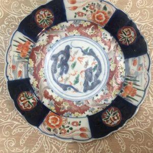 Plaque de dragon d'Imari du Japon