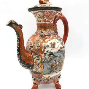 Unusually Ornate Akae-Kutani Teapot c. 1860-1876.